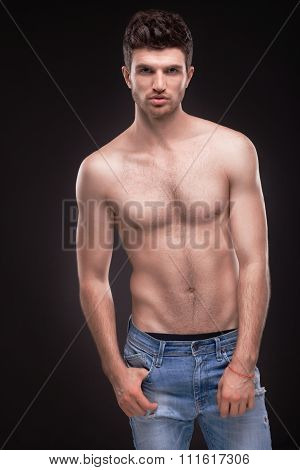 Sporty Guy Topless In Jeans