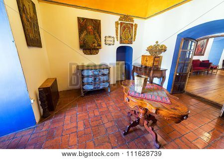 Old Colonial Room