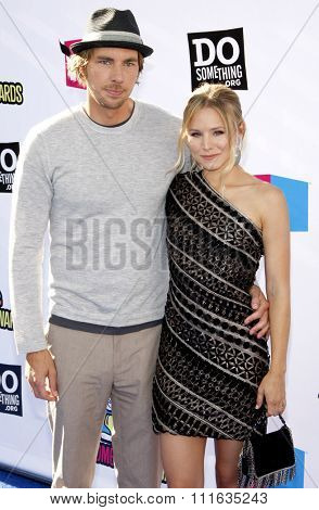 HOLLYWOOD, CALIFORNIA - August 14, 2011. Dax Shepard and Kristen Bell at the VH1 Do Something Awards held at the Palladium Hollywood, Los Angeles.