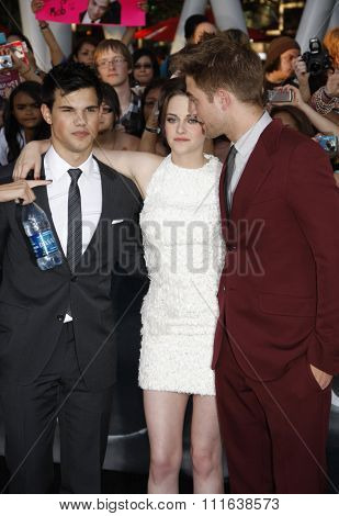 Taylor Lautner, Kristen Stewart and Robert Pattinson at