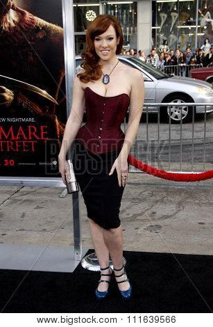 Erin Cummings at the Los Angeles Premiere of