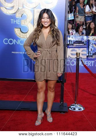 Jenna Ushkowitz at the Los Angeles Premiere of