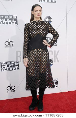 Tove Lo at the 2015 American Music Awards held at the Microsoft Theater in Los Angeles, USA on November 22, 2015.