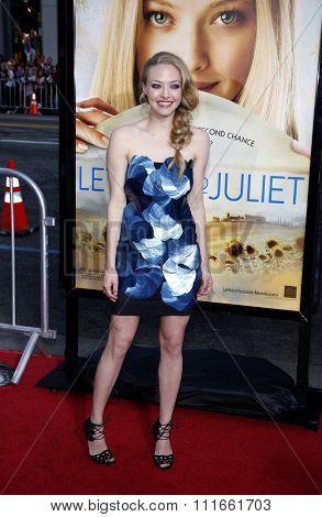 HOLLYWOOD, CALIFORNIA - May 11, 2010. Amanda Seyfried at the Los Angeles premiere of