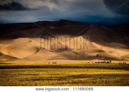 Dark Clouds Over The Sand Dunes Colorado Usa Landscapes