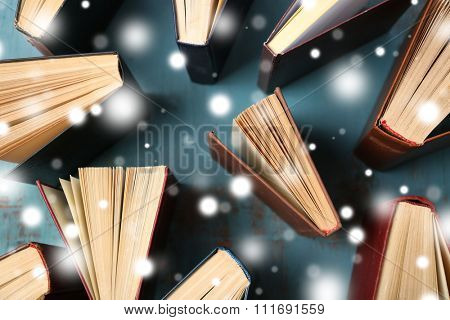 Books over snow effect
