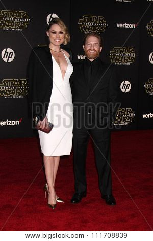 LOS ANGELES - DEC 14:  Clare Grant, Seth Green at the Star Wars: The Force Awakens World Premiere at the Hollywood & Highland on December 14, 2015 in Los Angeles, CA
