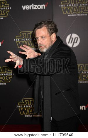LOS ANGELES - DEC 14:  Mark Hamill at the Star Wars: The Force Awakens World Premiere at the Hollywood & Highland on December 14, 2015 in Los Angeles, CA