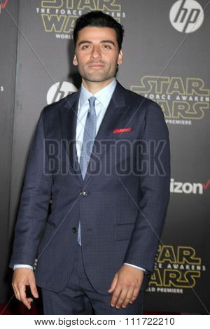 LOS ANGELES - DEC 14:  Oscar Isaac at the Star Wars: The Force Awakens World Premiere at the Hollywood & Highland on December 14, 2015 in Los Angeles, CA