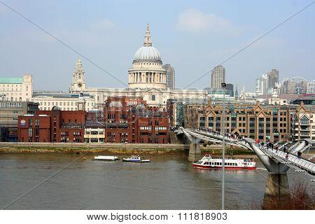 Postcard view of London