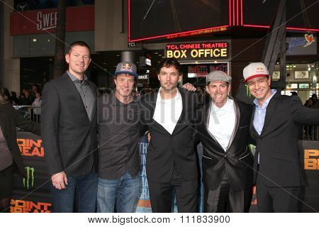 LOS ANGELES - DEC 15:  Skydivers at the Point Break Premiere at the TCL Chinese Theater on December 15, 2015 in Los Angeles, CA