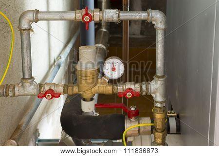 automatic hidraulic loading device