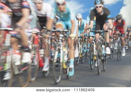 Cyclists, Motion Blur