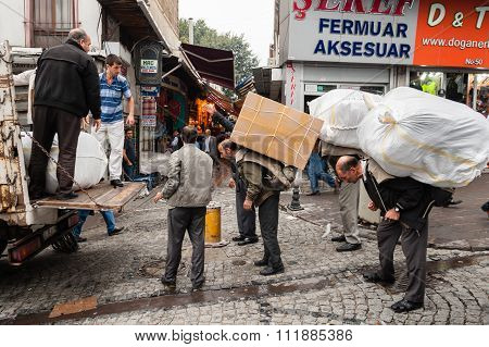 Street Porters Istanbul