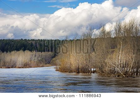 The spring flood on the river Berd