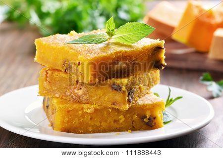 Sliced Pumpkin Pie With Nuts