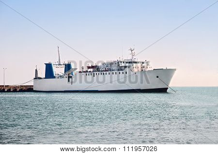 Passenger Car And Commercial Vehicle Ferry