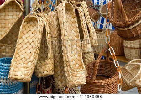 Peasant footwear from limes