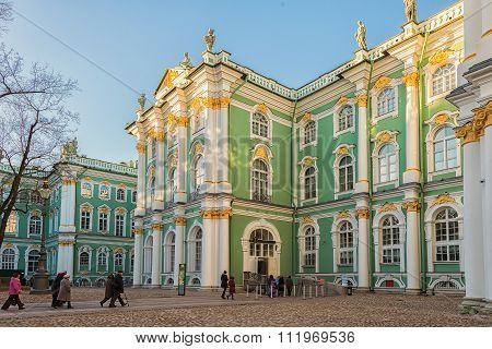 People Go To The Entrance To The Hermitage (winter Palace), St. Petersburg, Russia