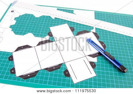 Green Cutting Template