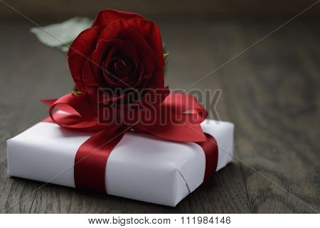 present box with rose flower