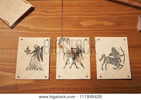 Clairvoyance Card With Crystal Pendulum