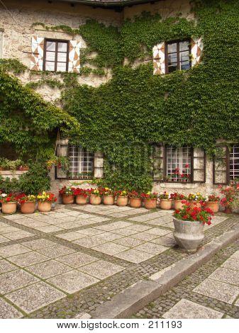 Castle Yard