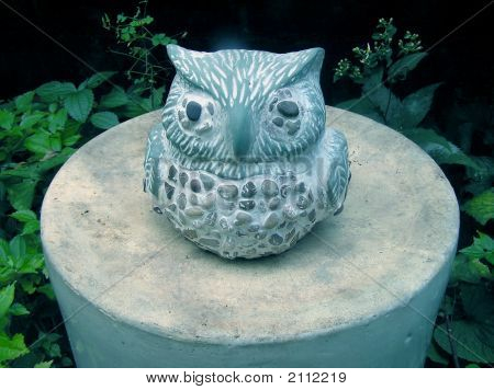 Stone Garden Owl on upside down Crock