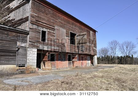 Old Dilipidated Barn