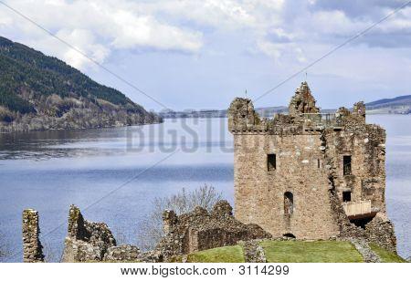 Burg Grant am Loch Ness In Schottland