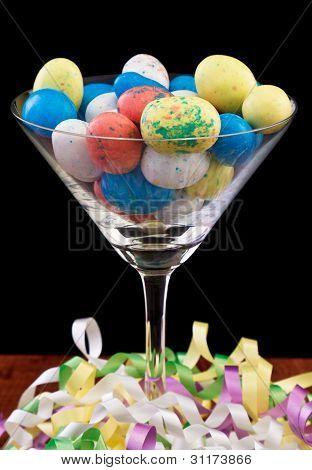 Huevo de Pascua aislado Martini