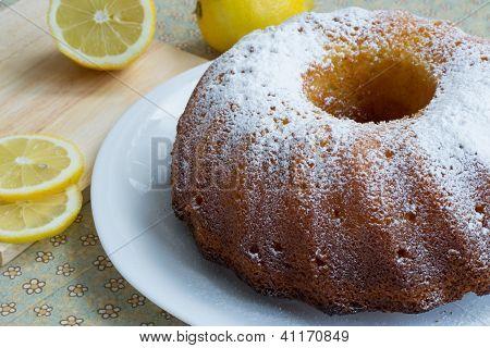 Sweet Tasty Lemon Cake