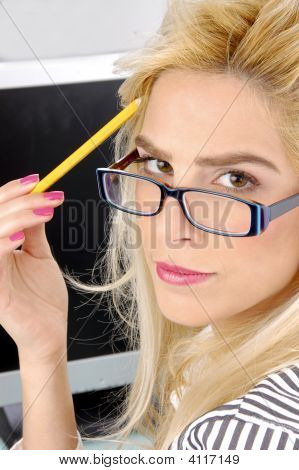 Side Pose Of Thinking Businesswoman