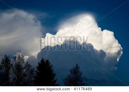 Building Spring Thunderstorm - Southeastern Minnesota USA