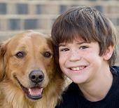 Постер, плакат: Мальчик и собака