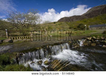 Views Around Cwm Pennant