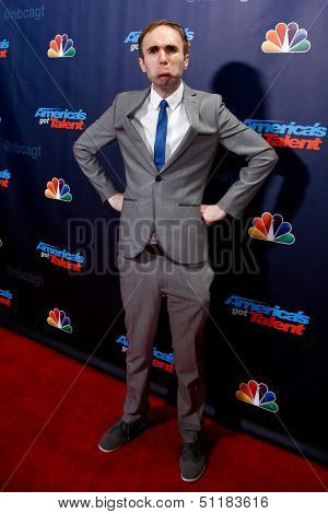 NEW YORK-SEP 18: Comedian Taylor Williamson at the post-show red carpet of