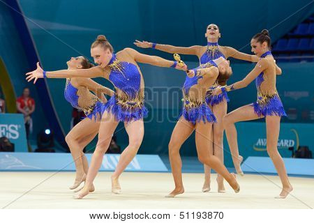 KIEV, UKRAINE - AUGUST 31: Team USA performs the routing with clubs during the 32nd Rhythmic Gymnastics World Championships in Kiev, Ukraine on August 31, 2013
