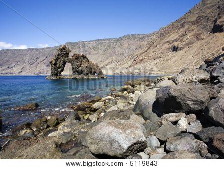 Natuursteen boog Roque De Bonanza, El Hierro