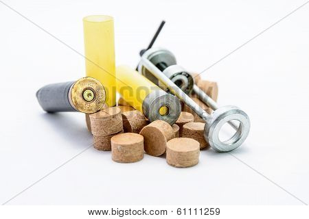 Device For Reloading Cartridge Gun