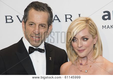 NEW YORK-FEB 5: Designer Kenneth Cole and actress Jane Krakowski attend the 2014 amfAR New York Gala at Cipriani Wall Street on February 5, 2014 in New York City.
