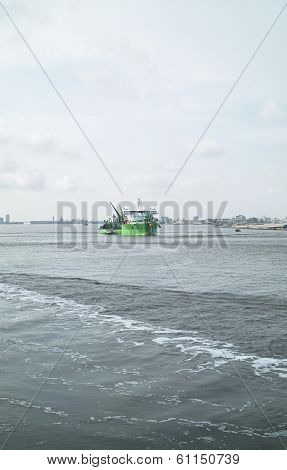 New Green Dredger