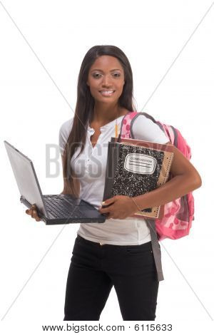 African American College-Student mit Laptop Pc