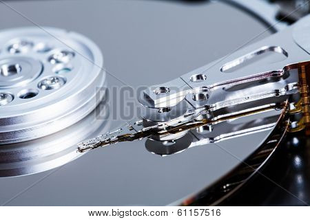 Hard Drive Mechanism Details