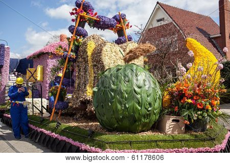 Lisse, Netherlands - April 20, 2013: Flowers composition on flower parade. The annual Flower Parade in Holland between Noordwijk and Haarlem is a 42 km feast of beautiful colors and enticing aromas.