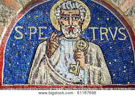 Agliate Brianza, Mosaic Of St. Peter