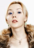 foto of wench  - Girl with fur collar on a white background - JPG