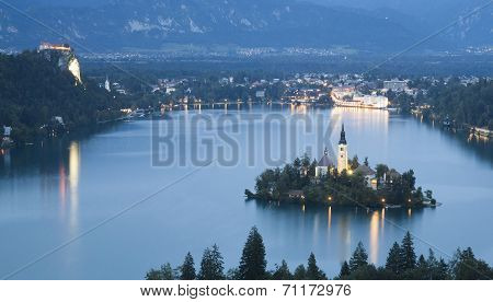 Bled lake night