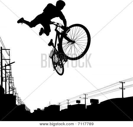 Garoto motociclista
