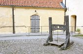 picture of lockups  - An old wooden lockup - JPG